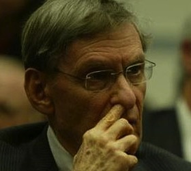 Bud Selig Gets Two More Years to Continue to Ruin Baseball