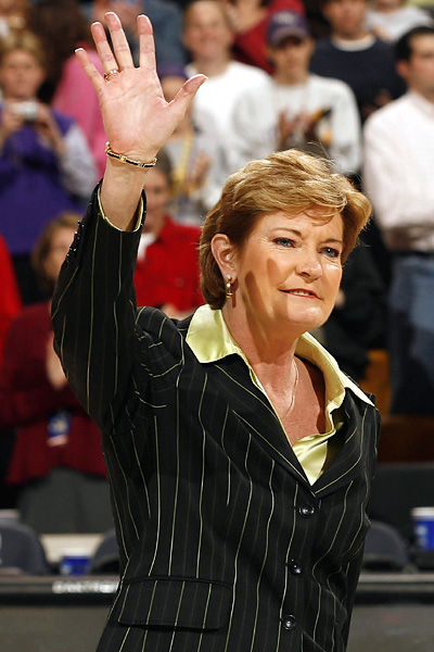 Never Forget Pat Summitt, A Coach to Remember